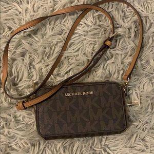Michael Kors side purse